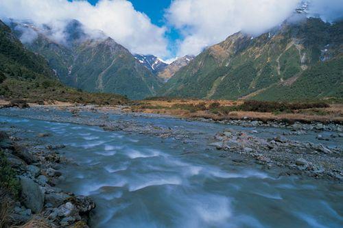 Sl-mt-aspiring-river