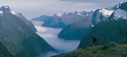 Misty-Mountains_The-Hobbit