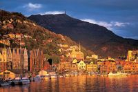 Wf-bergen-harbour-vb