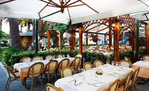 Local restaurant in Sorrento